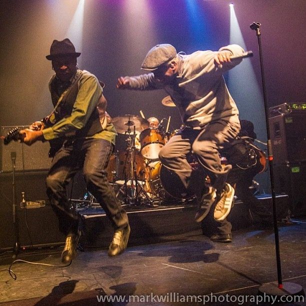 livingcolourmusic:  #LivingColour #London #Vivid25th by Mark Williams Photography