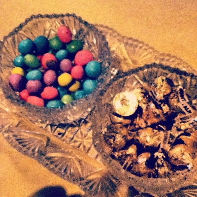 #kisses & #m&m 's anyone?? #chocolate #piggingout #sweets #yummy #food #nuts #calories #elegant #nice #beautiful