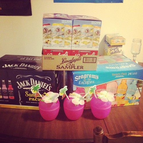 Summer fever in 444 w main. #kutztown #drinking #alcohol #lots #yummy #meow #summer #loving @megannnbarker @kstrobs