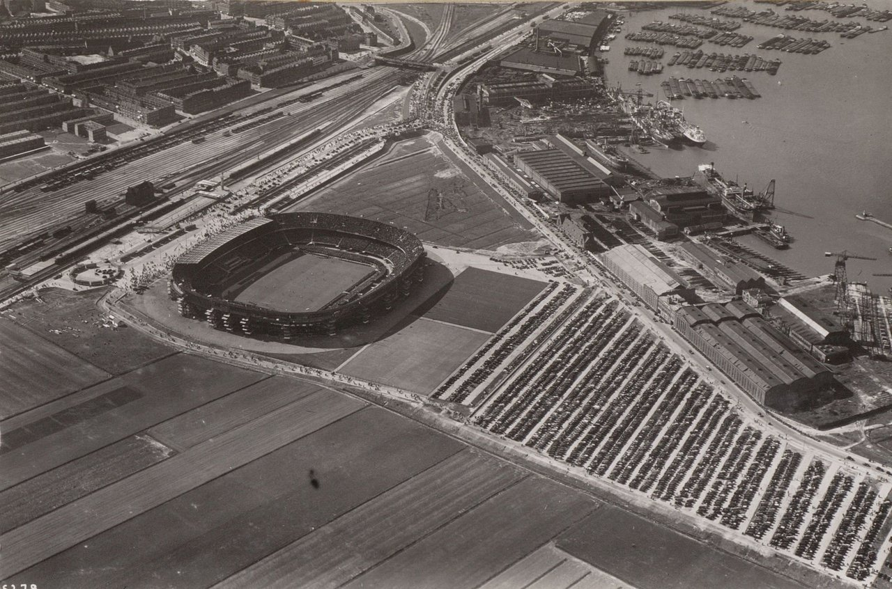 Stadion Feyenoord (De Kuip), May 2, 1937.Source: ANP