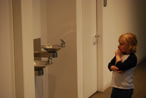 best-of-imgur:  Took my son to a modern art museum and told him that he needs to really think about the art and what they are trying to say….I am not sure…but i think i have a smartass on my handshttp://best-of-imgur.tumblr.com