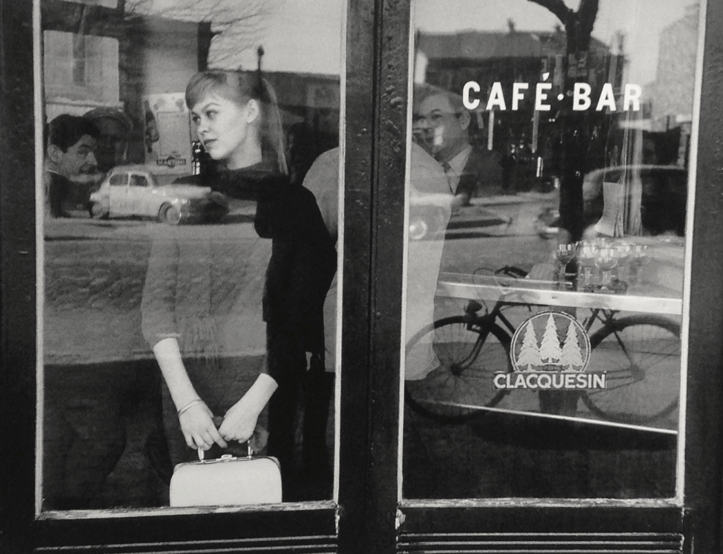 saisonlune:  Edouard Boubat, Waiting for a date at the Café Vache Noir, Paris, 1957