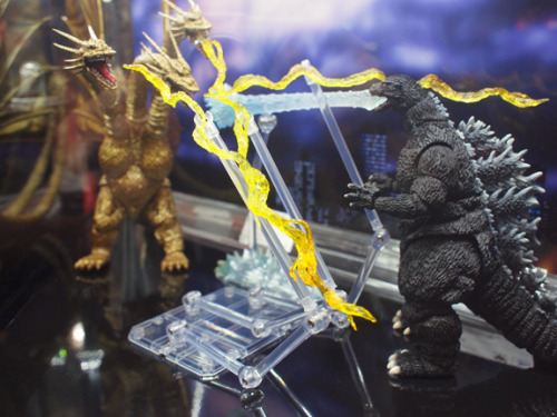 Godzilla Toys stomp New York