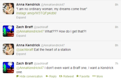 This is my new favorite twitter exchange. Anna Kendrick + Zach Braff + Game of Thrones = <3