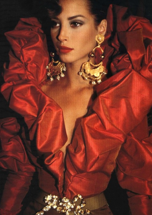 Christy Turlington at Christian Lacroix haute couture f/w 1991 backstage