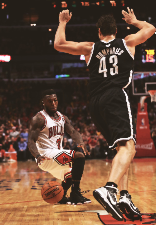 -chicagobulls:  he's so small lol.