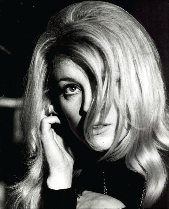 ediesedgwick-sharontate:  Sharon Tate in Eye of the Devil,1966.