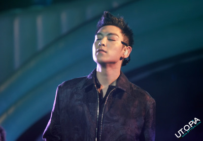 kingoftheaces:  OMG TOP!!!  cr. 871104.com