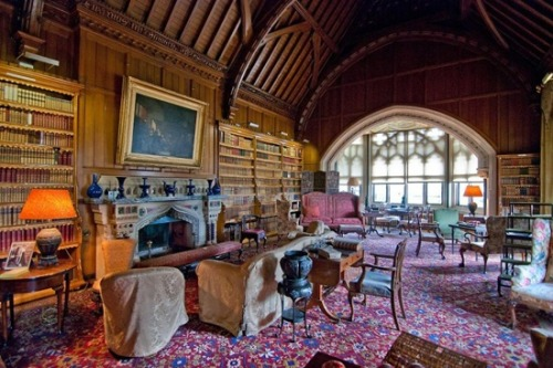 amandaonwriting:  The library at Tyntesfield Estate, Somerset, England.