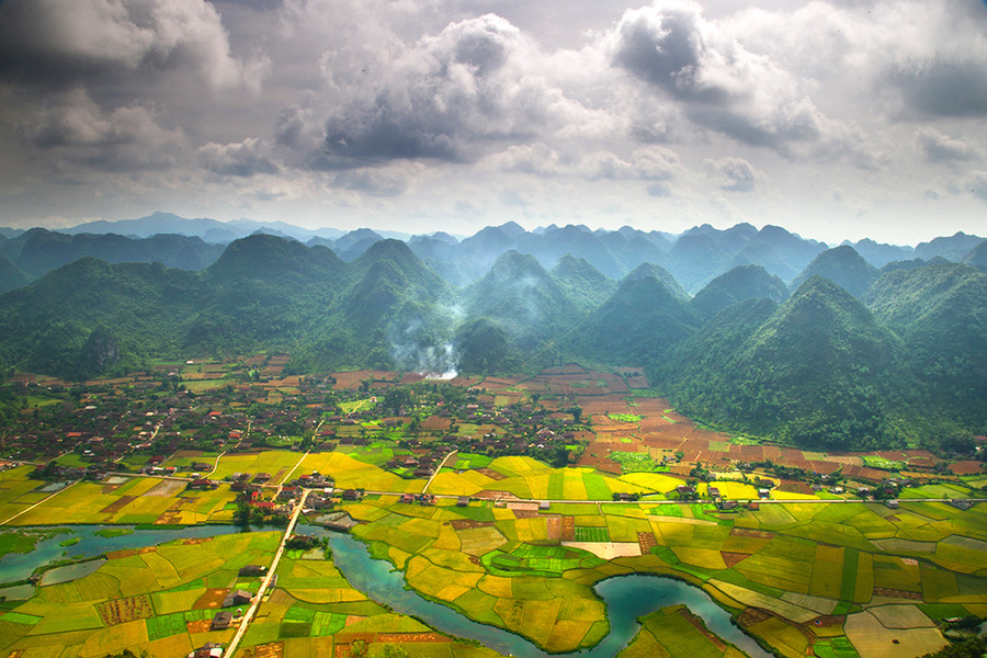 woodendreams:  (by Hai Thinh)  #Valley Bacson #Langson province #Vietnam