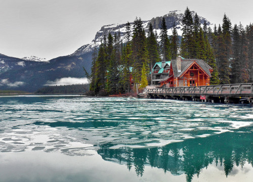 Emerald Lake HDR by renata_souza_e_souza on Flickr.