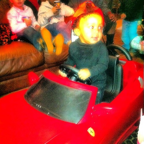 He got the Ferrari for his bday from big bro @octoberzown
