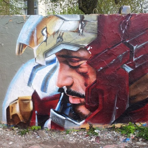 9gag:  That's what I'd call wall art.