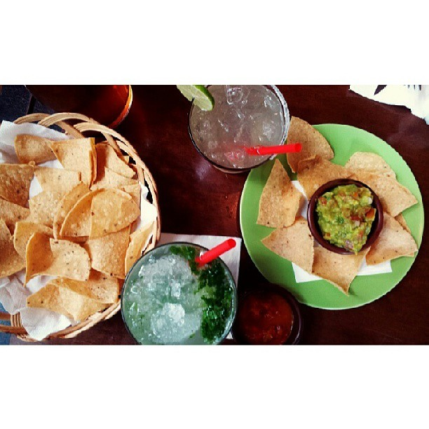 #mojito #mojadito #guacamole #salsa #drinks #alcohol #2pm