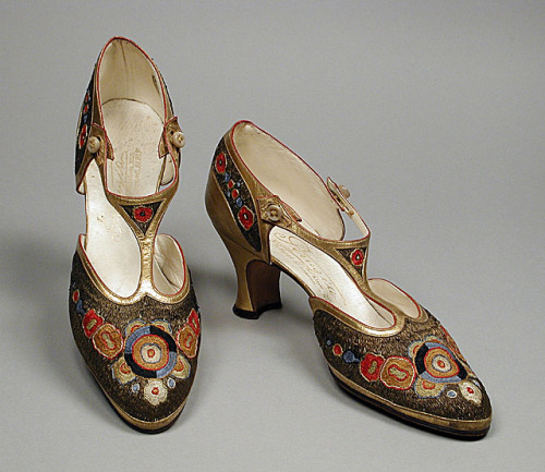 omgthatdress:  Shoes André Perugia, 1922 The Los Angeles County Museum of Art