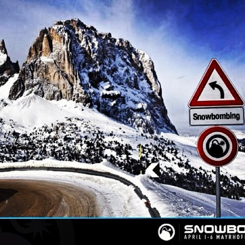 20days….#snowbombing #roadtrip #snowboarding #austria #alps #kasabian #igloogig  (at Mayrhofen, Austria)
