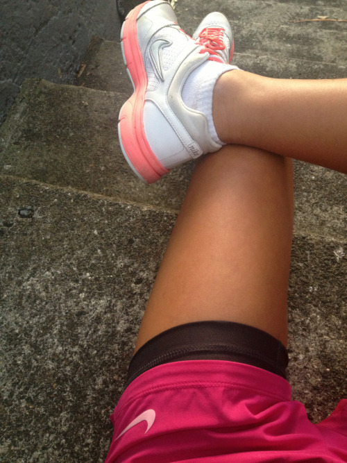 flawlesslyy-fitt:  hey its my leg