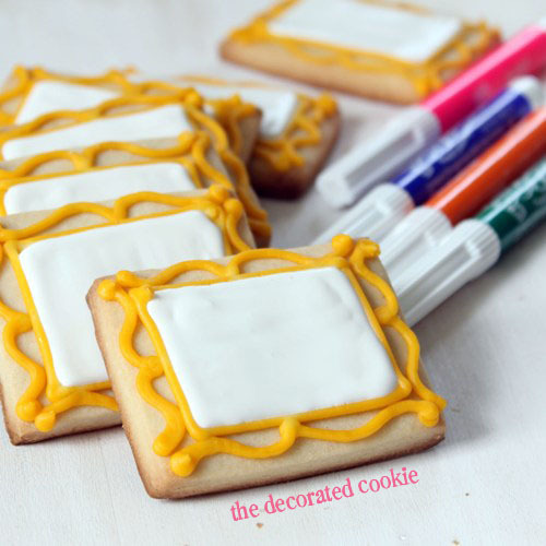 prettylittlepieces:  Canvas Cookies with Food Coloring Pens  Good idea!