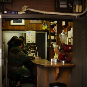 small coffee shop in Tokoyo 500px: http://500px.com/photo/26103437