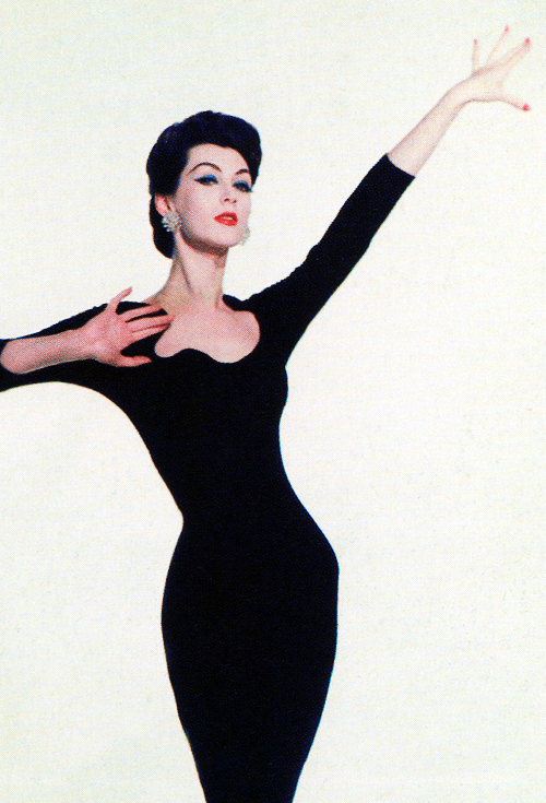 vintagegal:  Dovima in a publicity photo for Funny Face (1957)
