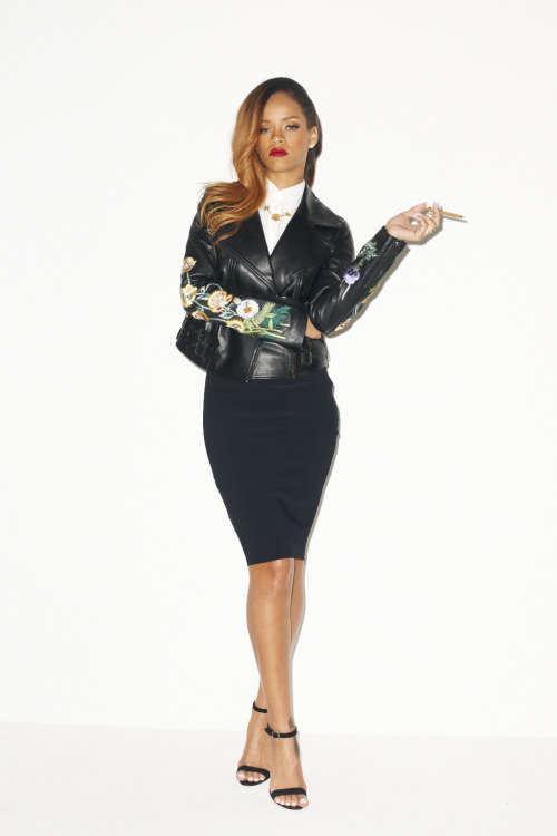 terrysdiary:  Rihanna at my studio #4