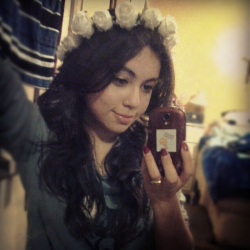 Let me be your beauty queen<3 #flowercrown