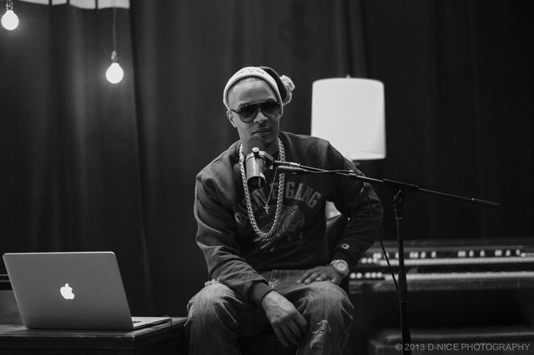 HIP-HOP IMAGES. T.I. aka TIP captured in the recording studio. I love the photography by D-NICE. #inspired Be sure to check out his work here and follow him on twitter! xo @rozOonTheGo