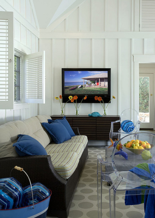 homedesigning:  (via Hot Home Trend: Interior Shutters)