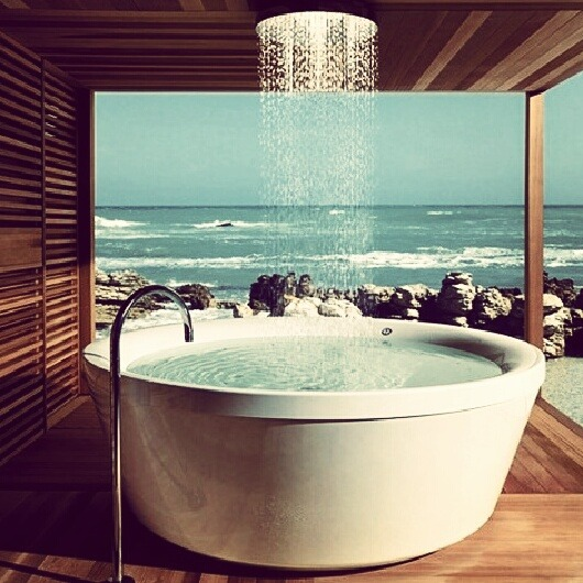 Bathing with beach view