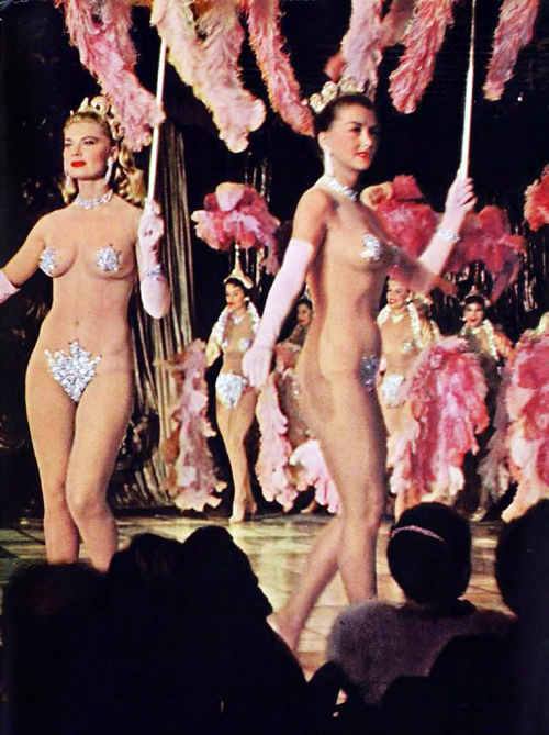 vintagegal:  Latin Quarter showgirls, 1957