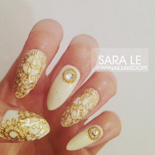 prettynailswag:  ellecloves:  mynailsaredope:  All gold everything. ✨ #nails #nailart #nailporn #dope #love #fashion #gold #lace #mynailsaredope  She did that…. 😍😍😍  yassss slayed!