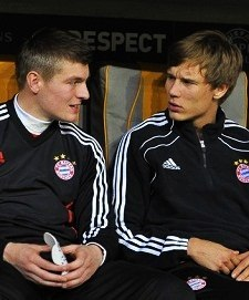 Toni: And then Bayern will play against Barcelona in Champions League semi-final. But both of us will be injured… Holger: Get out of here!