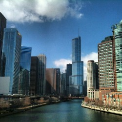 I #live in such a #beautiful #city. #ridinginvanswithboys #chicago #river #water #chicagoriver #trumptower #skyline #skyscraper #architecture #modern #historic #nofilter #picoftheday #instadaily #instacity #photography