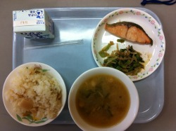 Today's school lunch: bamboo shoot rice, grilled trout, miso soup, and bean sprouts and spinach with katsuobushi.
