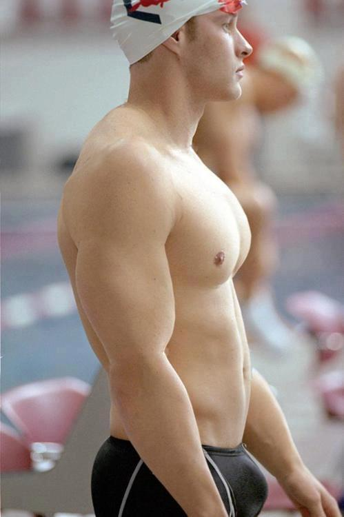 masterthompsonsslave1:  jockup:  Wow, normally swimmers are a lot leaner. Must be a water polo player  Sexy Sir