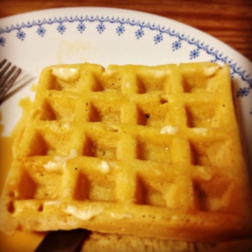 Mmm! #Latenight #waffles with my #roommate!