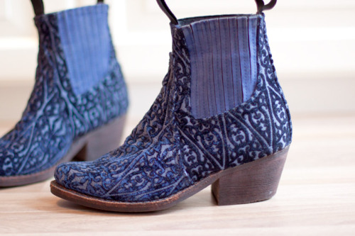 Jeffrey Campbell - Blue Velvet Cowboy Boots (via | Accessorize)