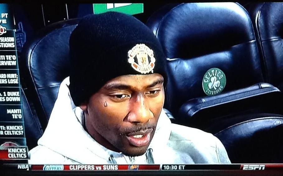 Amare Stoudemire throws his support behind Man United. Single tear. (Via GFOP @Donald_K3)