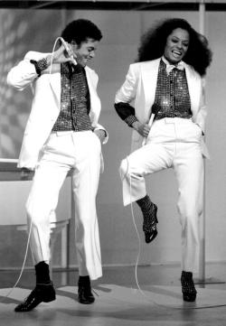 africanfashion:  Michael Jackson & Diana Ross. Old, but gold.