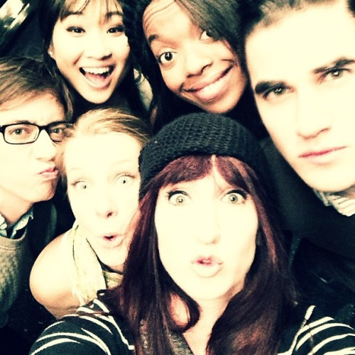 fyeahgleeclub:  brooke_lipton How many people can fit in a selfy @kevinmchale @jennaushkowitz @darrencriss @bp_parks and HEMO