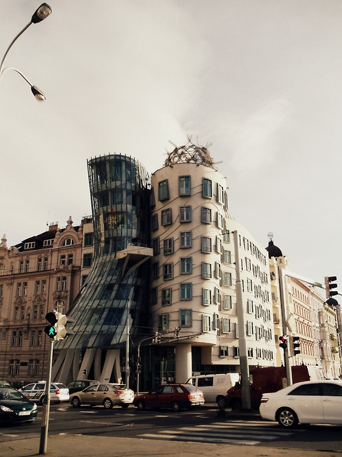 nazirebilgili:  Dancing House Prague, Czech Republic