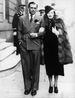 Marlene Dietrich and Douglas Fairbanks Jr in London. 1937.