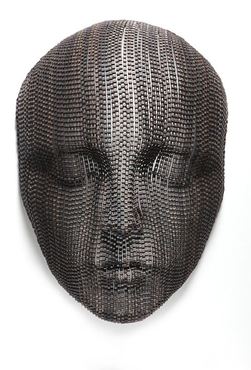 darksilenceinsuburbia:  Young-Deok Seo. Meditation 6, 2012. Metal chain, 60 x 25 x 90 cm.   Website Facebook  Via Art From Suburbia