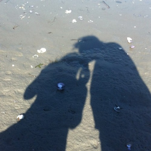 Kissing at the beach :) #beach #sand #shells #daytrip #nofilter #kiss #kissing #love #shadow #cute #makeout