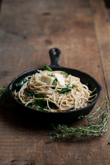 manchannel:  Garlic & butter pasta with spinach and parmesan