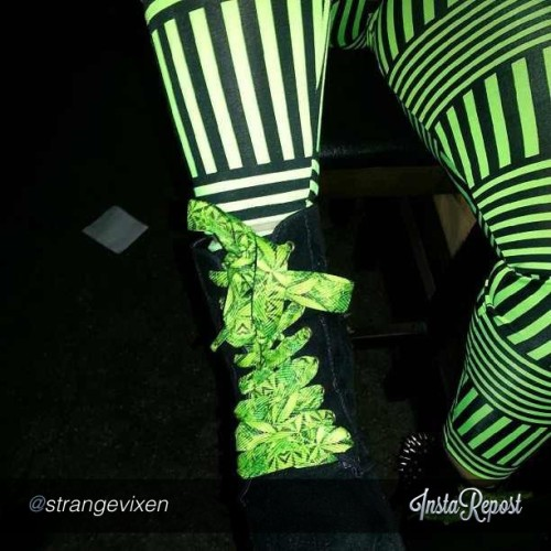 The ladies at @strangevixen are sooo ready for #420 with their #dank #clothing and our #nycdiesel #fatlaces!! #420 #webudyou #ibudyou #strangevixens #kush #highsociety #thepersonalstash #mmj #dank #medicalshoutout