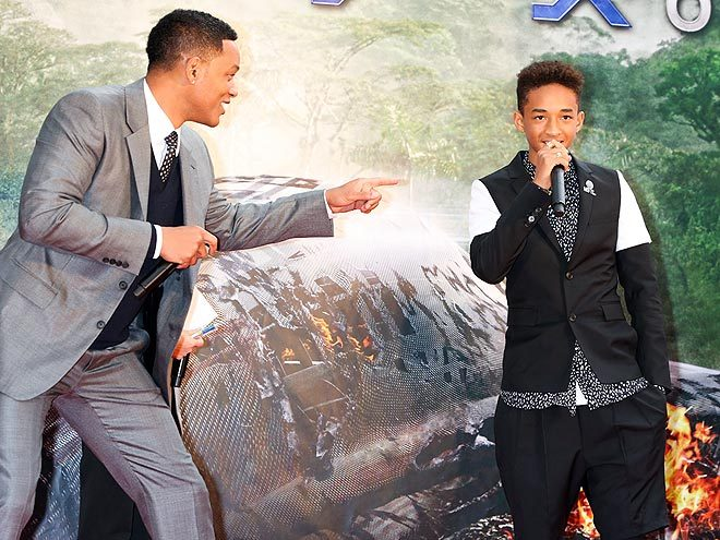 ON-THE-GO IN TOKYO: WILL SMITH & son JADEN were spotted at the Japanese premiere of their new film: After Earth on Wednesday! Love these two! xo Follow @rozOonTheGo photo: ken ishii