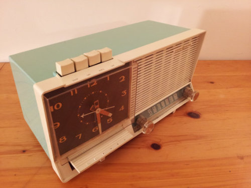 toliveforlove:  Another radio added to the collection. This turquoise beauty actually works! I've been listening to my talk radio in the afternoons. I will be sad to see her go. Check out the shop for groovy vintage radios <3