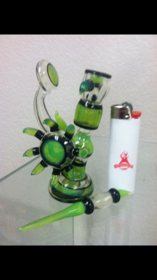 My new rig. From the 2013 Champs Trade Show. Chameleon Glass turned down over 20 offers for me. I'm fucking psyched.