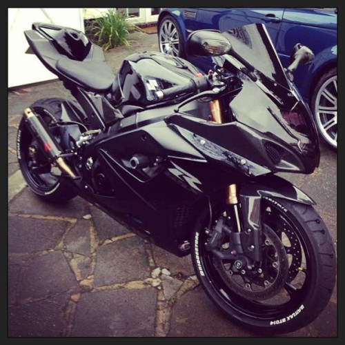 simplybikes:  This is pure perfection #gsxr #suzuki